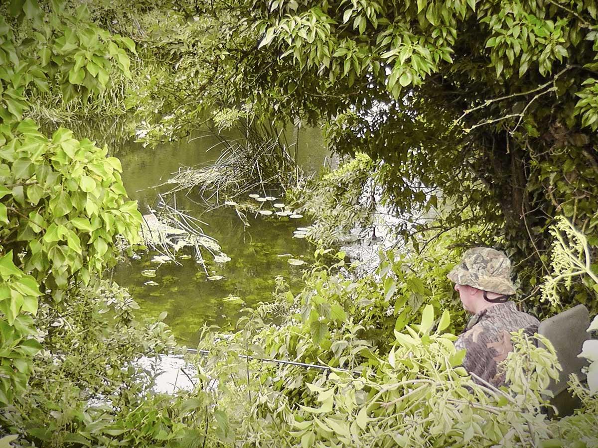 pescar pe râu mic
